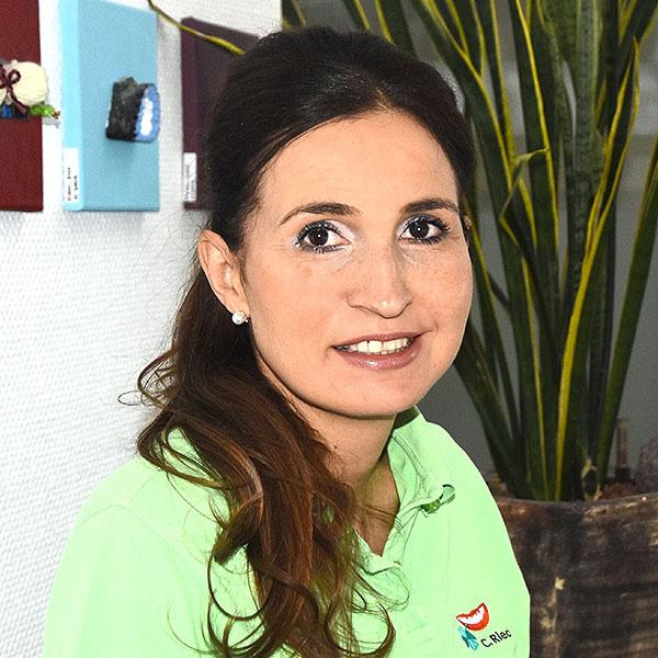 Claudia Riecher